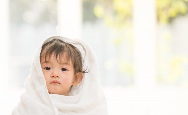かわいい幼児