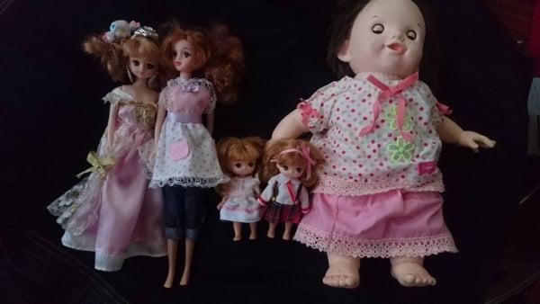 遊ばなくなった人形、捨てられない……すっきり処分する方法は?