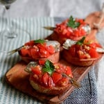 トマトとオイルサーディンのブルスケッタ
