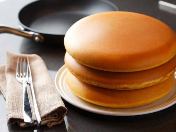 パンケーキがこの美しさ!10年品質保証の奇跡のフライパン